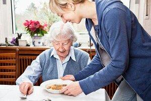 خدمات پرستاری -مراقبتی طنین