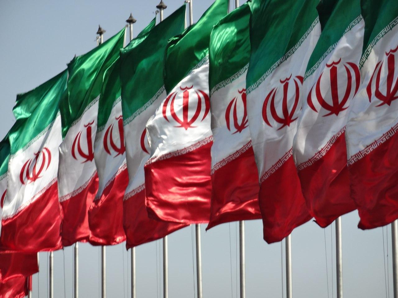 خرید پرچم ایران(تشریفات-رومیزی-اهتزاز)