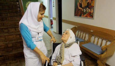 مراقبت از سالمندان و بیماران در تهران